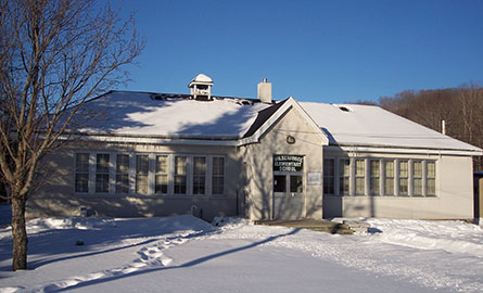 A winter photo of Wilberforce Elementary School.